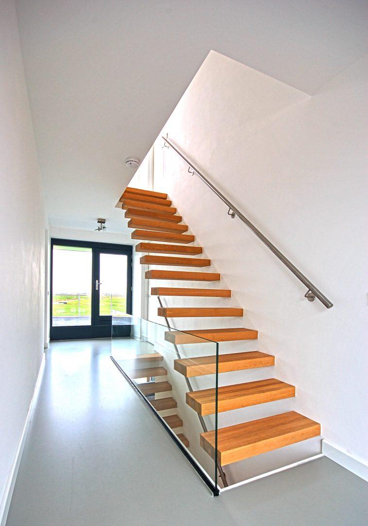 Duurzame Villa te Limmen Zijlstra Schipper Architecten Noord-Holland trap verdieping