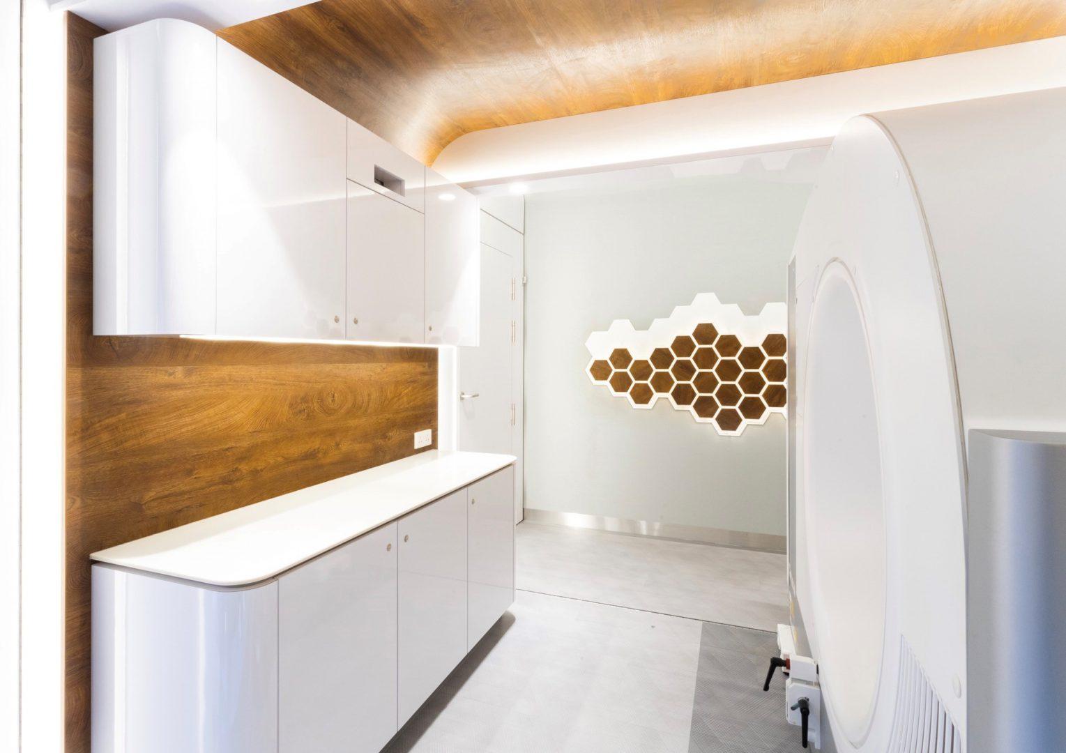 Mobiele-CT-scan-unit-cleanroom-zorg-interieur-container-ZIJLSTRA-SCHIPPER-architecten-architectenbureau-noord-holland-architect-002
