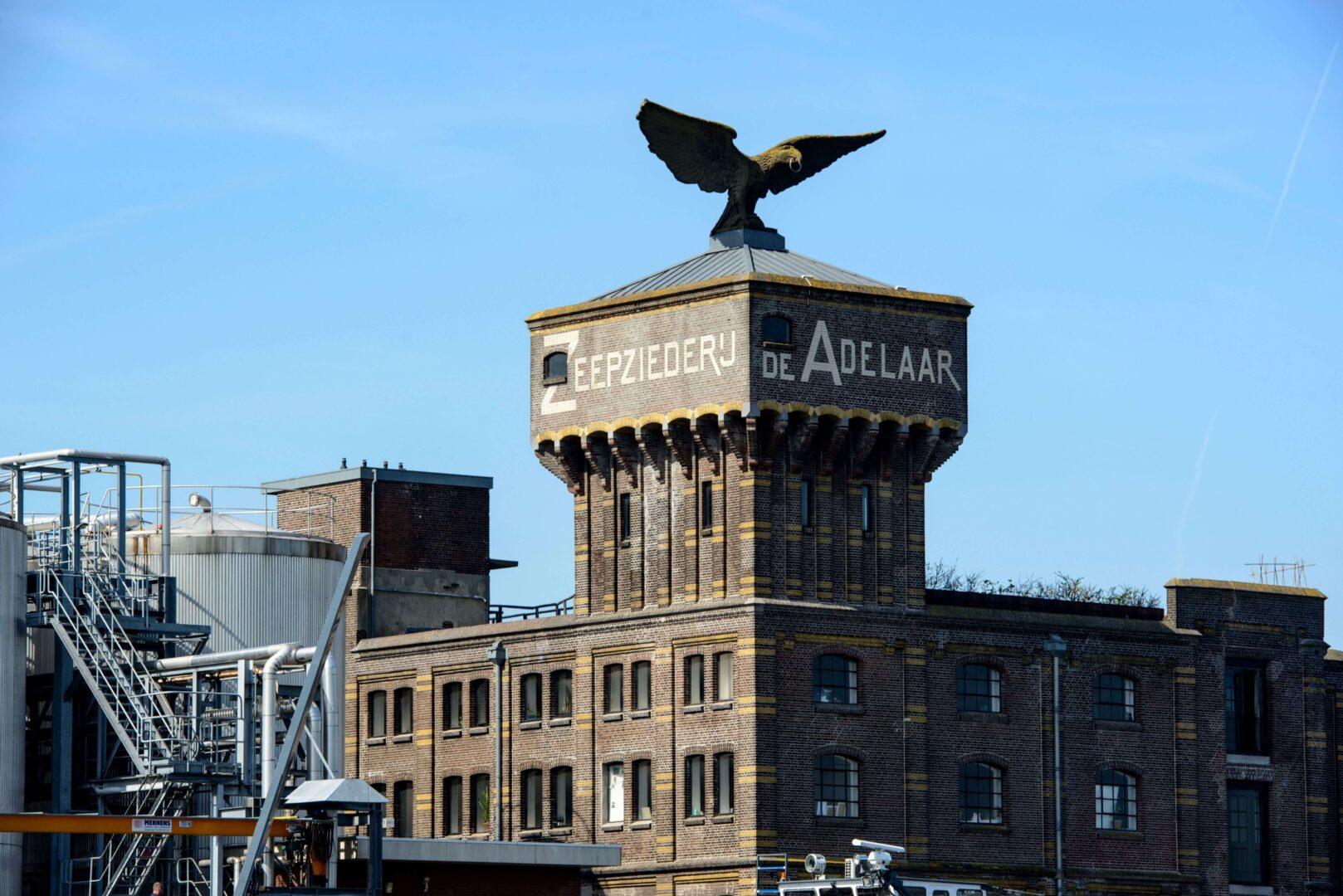 Architect-industrieel-monument-Adelaar-Zaandam-architectenbureau-Noord-Holland-Zijlstra-Schipper-Architecten-Wormerveer-Zaanbocht-Erfgoed-fotografie-Mike-Bink