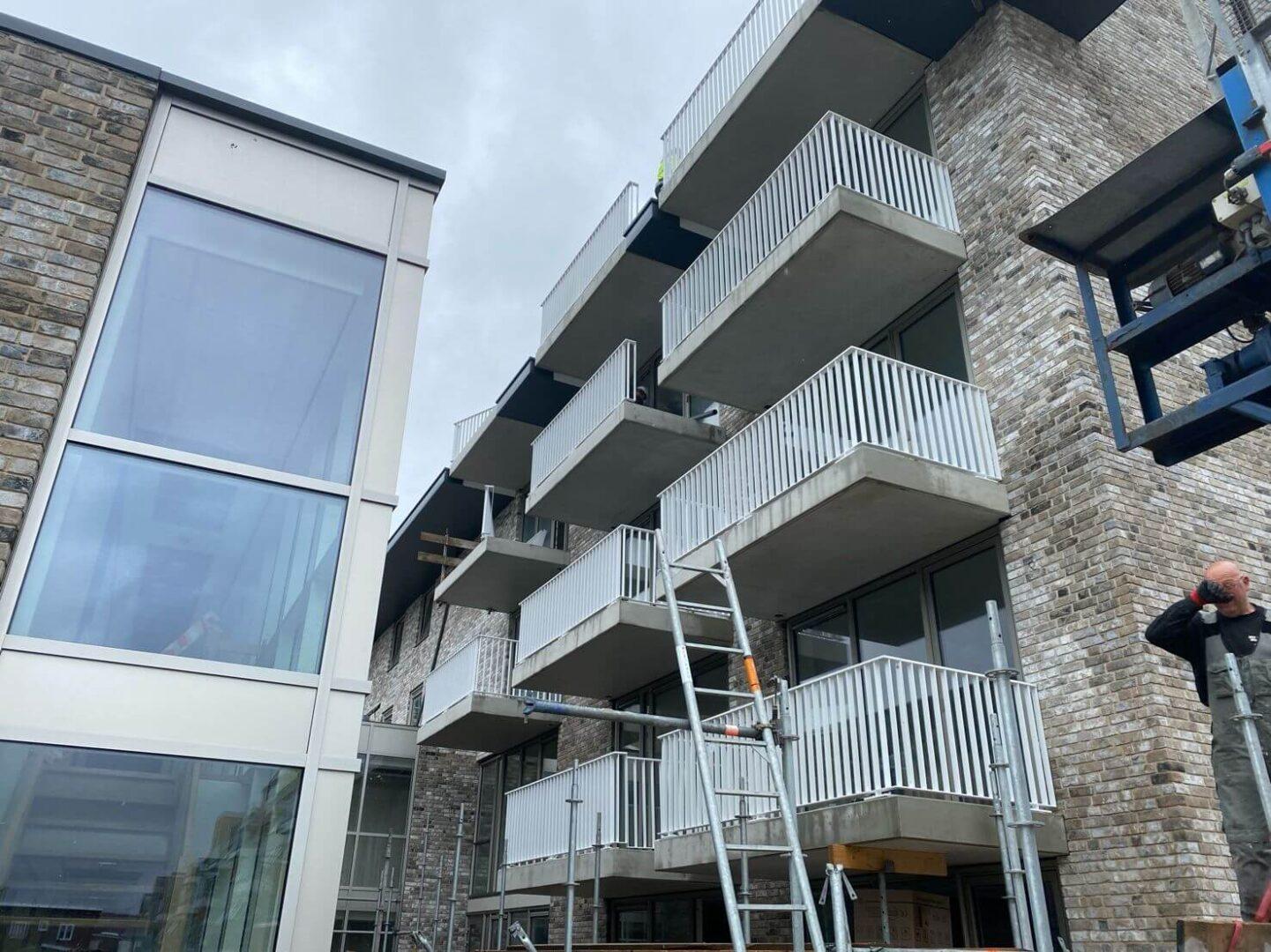 Graaf-van-Egmond-aan-Zee-Architect-Hotel-Architectenbureau-Noord-Holland-ZIjlstra-Schipper-architecten-wormer-in-aanbouw-balkons-02