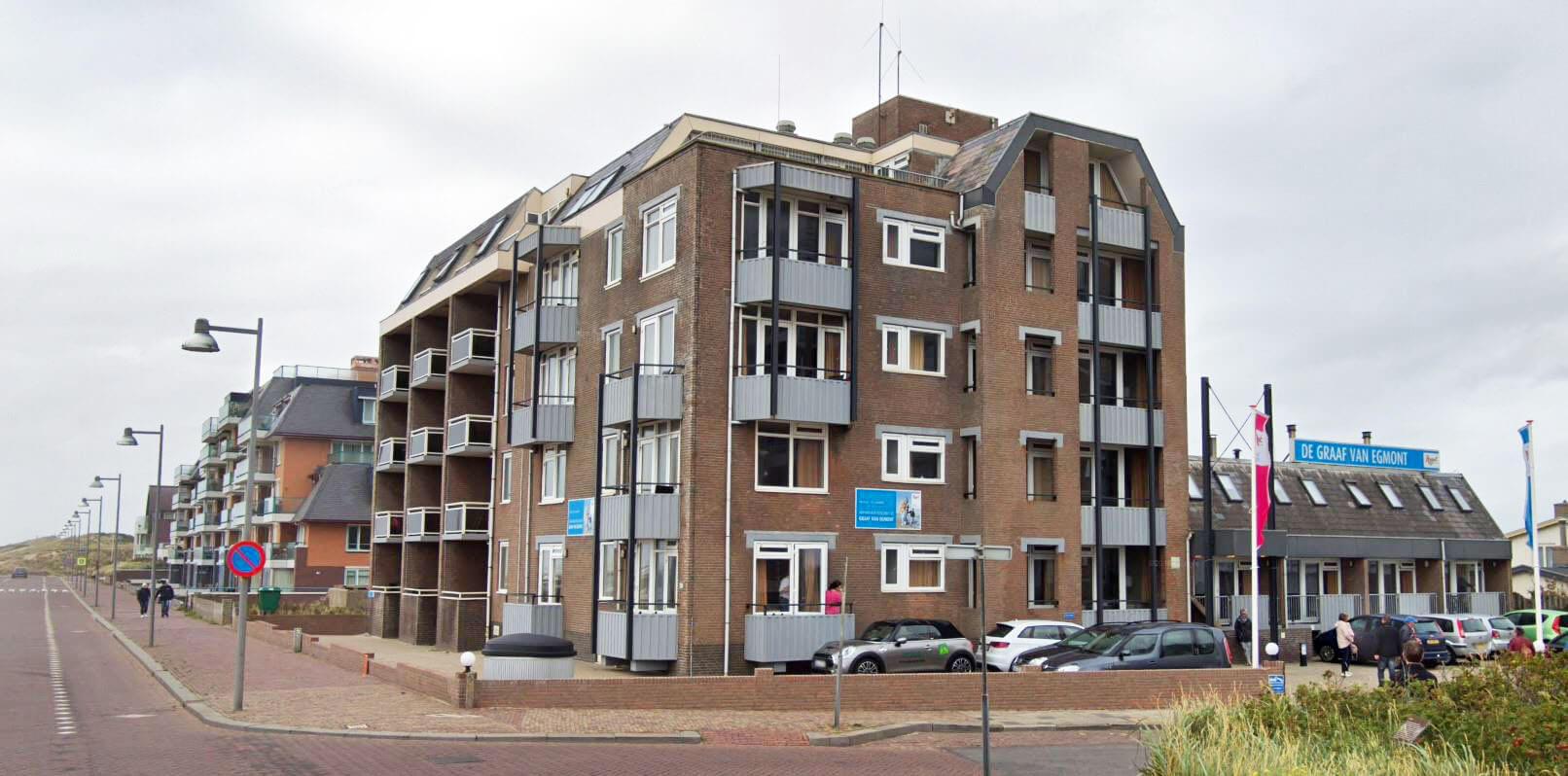 Oude-situatie-hotel-graaf-van-Egmond-voor-renovatie-uitbereiding